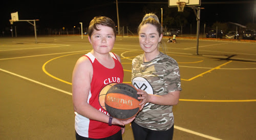 RSL Raptors' Logan Hewett and Misfits' Sophie McFarland went head-to-head on the first night of the new basketball season on Tuesday night.