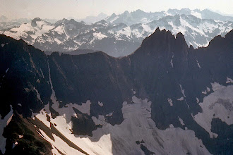 Photo: 21. View to south from foot of Sahale Glacier, across the TripIet-Johannesberg Massif to the lllabot Range.