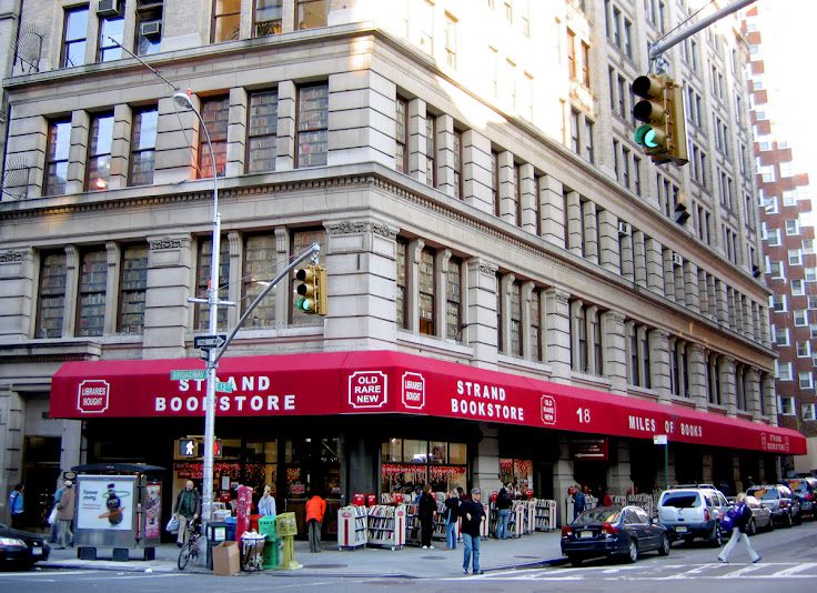 The entrance to The Strand.