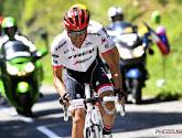Belgische ex-prof stort honderd meter ravijn in in Tour de France