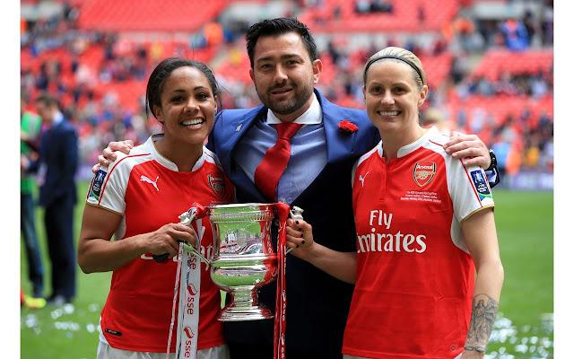 Arsenal Ladies Tab