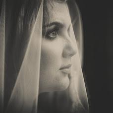 Wedding photographer Mikhail Rybalkin (Fishman07). Photo of 31.10.2013