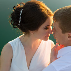 Wedding photographer Anna Rozhnova (AnnRozh). Photo of 06.02.2017