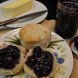 Old-Fashioned Blueberry Preserves