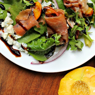 Grilled Peach and Prosciutto Salad