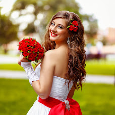 Wedding photographer Alina Simonova (Simondior). Photo of 14.02.2014