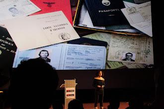 """Photo: TedxAlsace - Sarah Kaminsky - Auteur, comédienne et scénariste - """"La différence entre le Légitime et le Légal"""""""