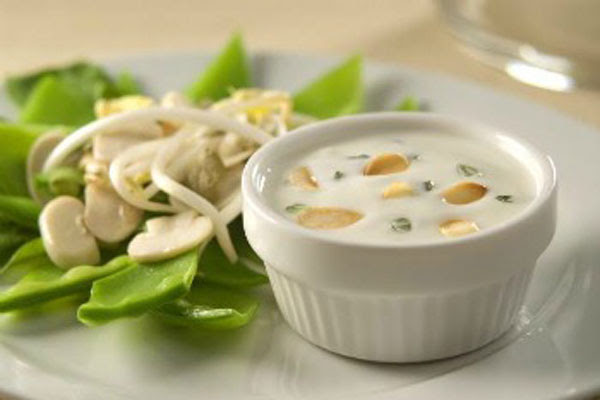 Salada Mix de Legumes com Molho de Iogurte