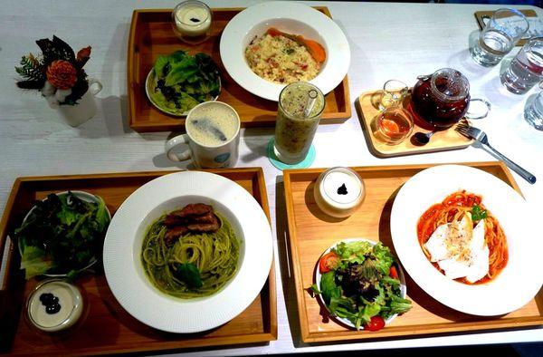 Chow Chow Café 巧巧咖啡。有提供商業午餐及正統義大利麵的溫馨cafe。親子友善♥♥