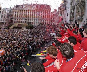 Kippenvel: duizenden fans bezorgen gouden Red Lions een warme ontvangst