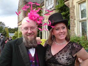 Photo: Keep Feeling Fascinators! Fascinator: Judgement Day. Really I think she had the best deal in this hatswap.
