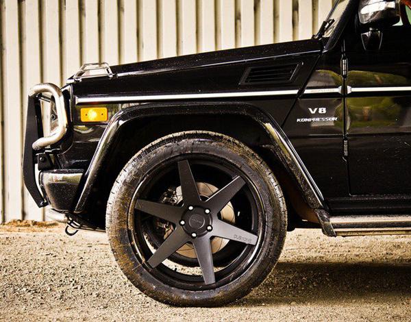 Photo: DUB.1ONE™ - SIX Matte Black on Mercedes G55