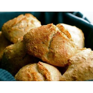 The Easiest Bread Rolls In The World.