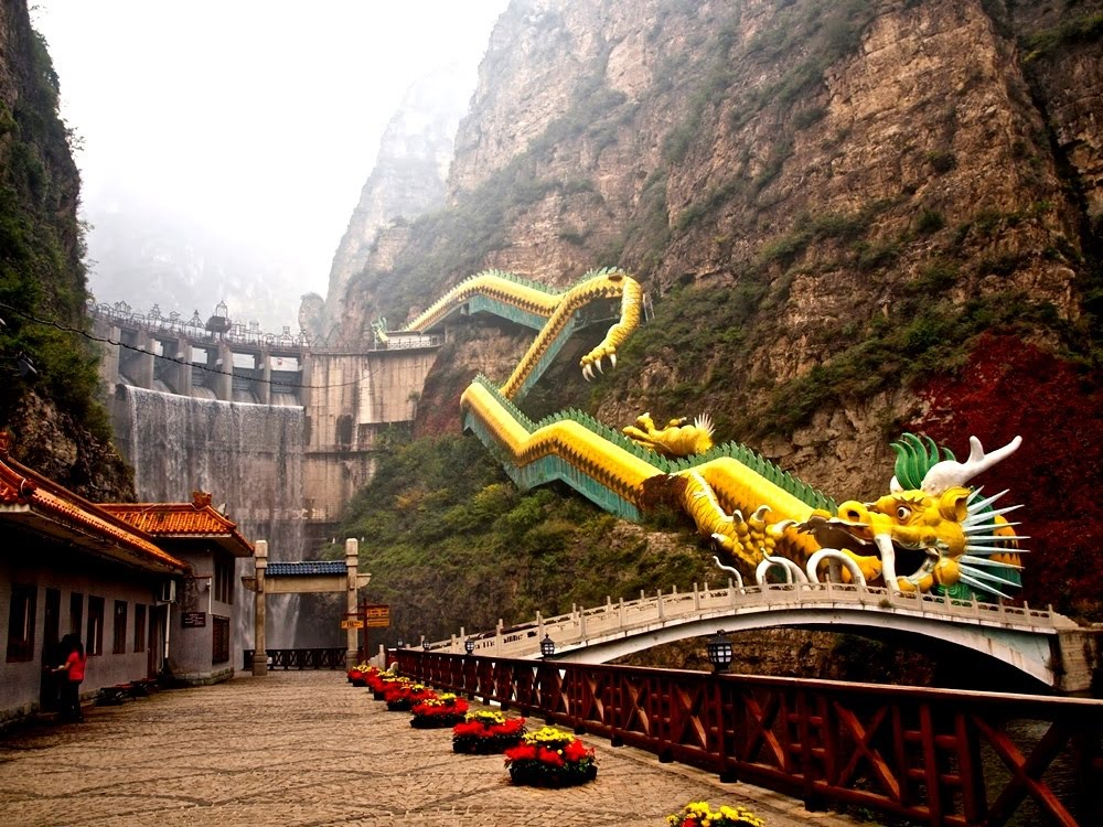 Dragon Escalator, a escada rolante do dragão na China