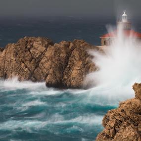 by Daniel Pavlinović - Landscapes Weather ( lightning, thunderstorm, dubrovnik, waves, croatia, gale, sea, weather, pwcstorm, storm, tornado, watersput )