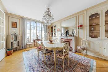 Appartement 5 pièces 181 m2