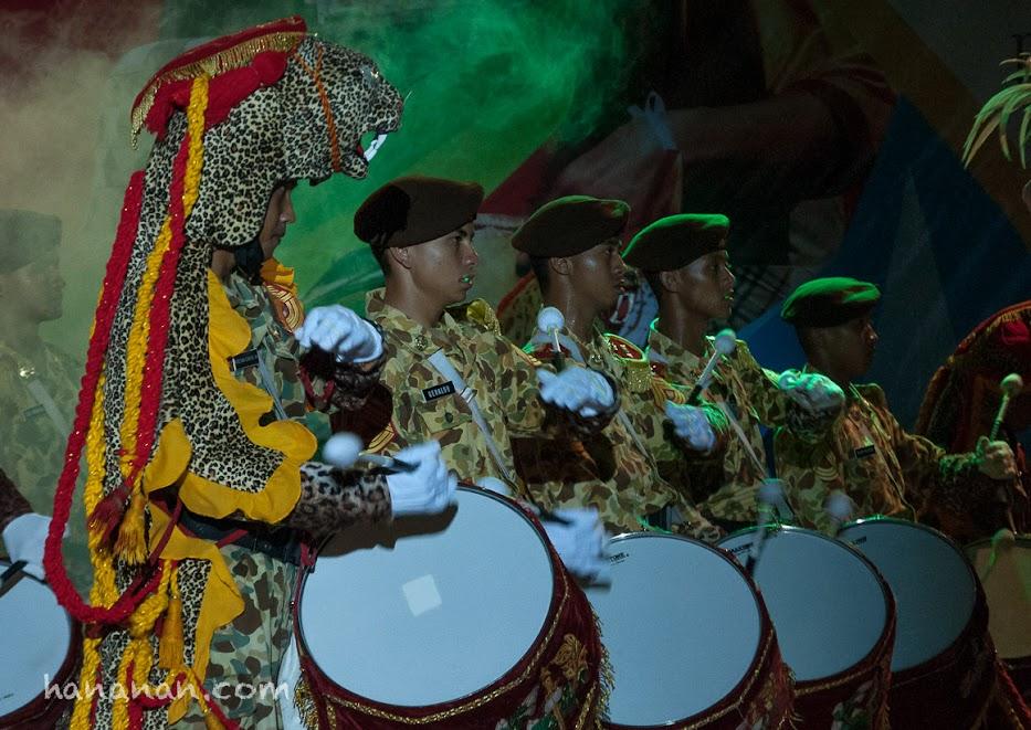 Penabuh drum Canka Lokananta Akademi Militer Magelang