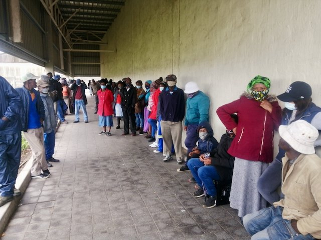Covid-19: Long queues are spreading the disease, warn health officials