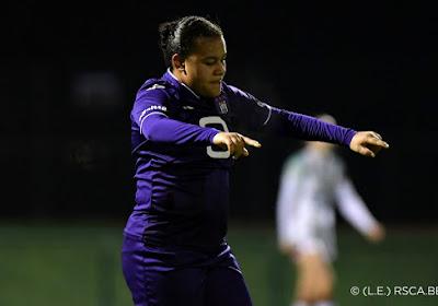 Le superbe but de Mariam Toloba contre Charleroi