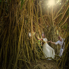 Wedding photographer Demyan Minuta (M1NUTA). Photo of 23.04.2013