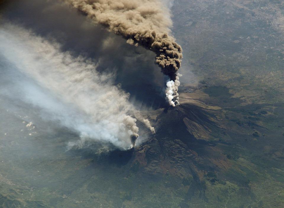 Volcán que sepultó 400 personas 2018 vuelve a estar activo en Guatemala