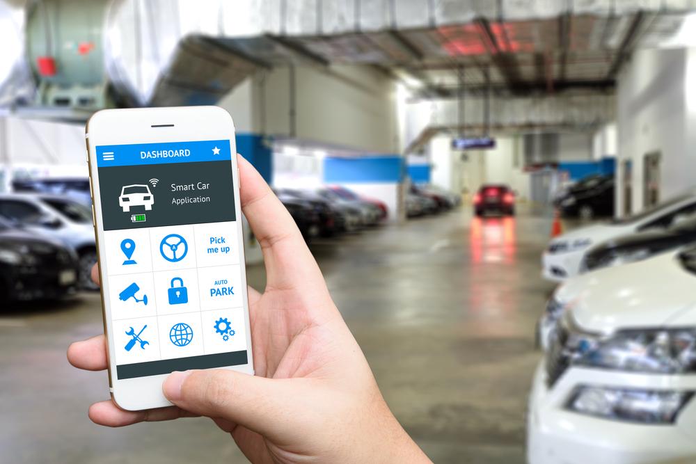 Ferramentas digitais para cobrança de preço variável de estacionamento podem ajudar a diminuir a desigualdade. (Fonte: Shutterstock/Zapp2Photo/Reprodução)