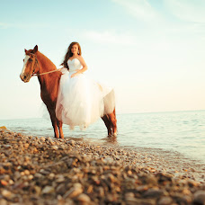 Wedding photographer Alena Dudina (AlenaDudina). Photo of 06.04.2017