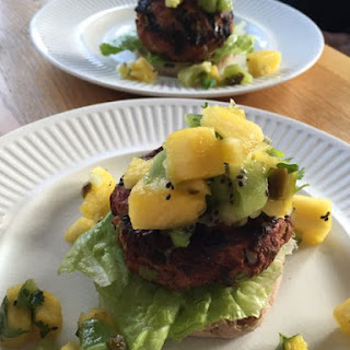 Grilled Turkey Burgers with Tropical Salsa