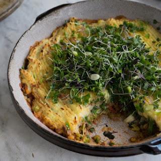 Make Ahead Vegan Samosa Shepherd's Pie.