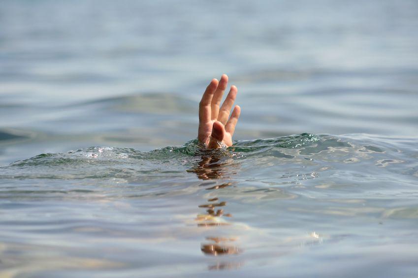 Reddingswerkers soek na 'n man van die Soweto wat vermoedelik verdrink het by die gewilde surfstrand in Durban - SowetanLIVE
