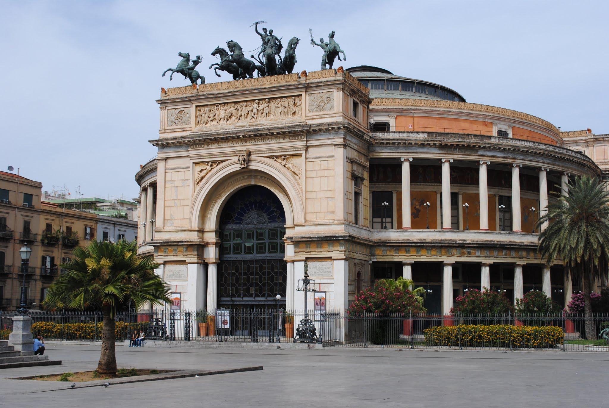 My Photos: Italy -- Sicily -- Palermo -- Piazza Ruggero Settimo