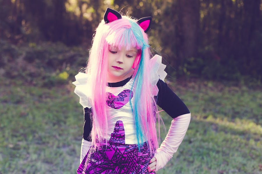 by Nicole Stalvey - Public Holidays Halloween