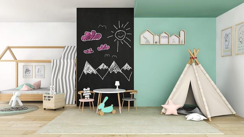 Pokój dziecięcy z tablicówką na ścianie