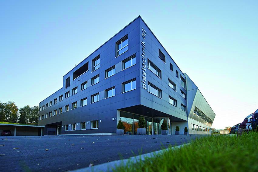 Gebäude Plastechnik