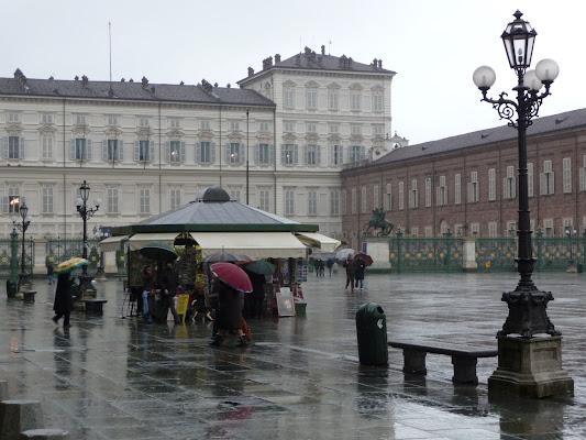 piazza Castelo sotto la pioggia di smpaint