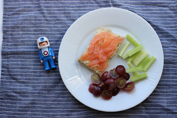 A smoked salmon sandwich to coax your kids with.