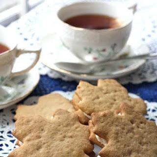 Maple Walnut Sandwich Cookies