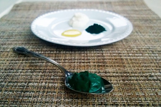 How To Make A Superfood Spirulina Face Mask For Blemish Free Skin
