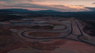 Fotograma del rodaje en el Circuito de Almería.