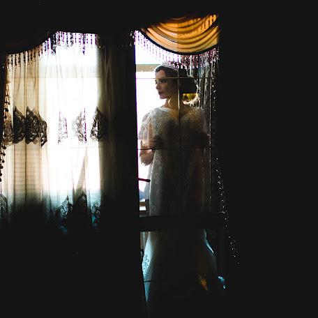 Wedding photographer Sergey Sharin (Cerac888). Photo of 04.10.2017
