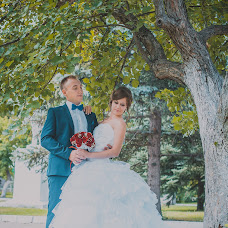Wedding photographer Elena Potlova (ElenaPo). Photo of 13.08.2015