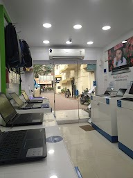 Dell Exclusive Store photo 3