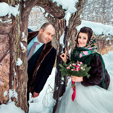 Wedding photographer Valentina Baturina (valentinalucky). Photo of 26.03.2018
