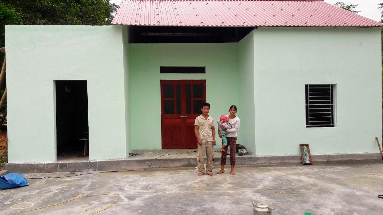 Gia đình chị Thắm bên căn nhà mới khang trang