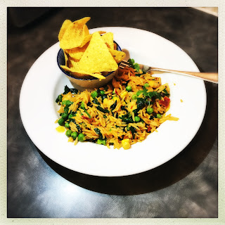 Spicy Mexican rice with prawns