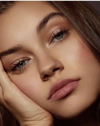 Lipstick Makeup ss3