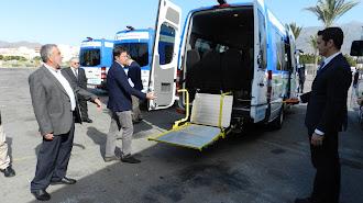 Rampa accesible en una de las nuevas furgonetas.