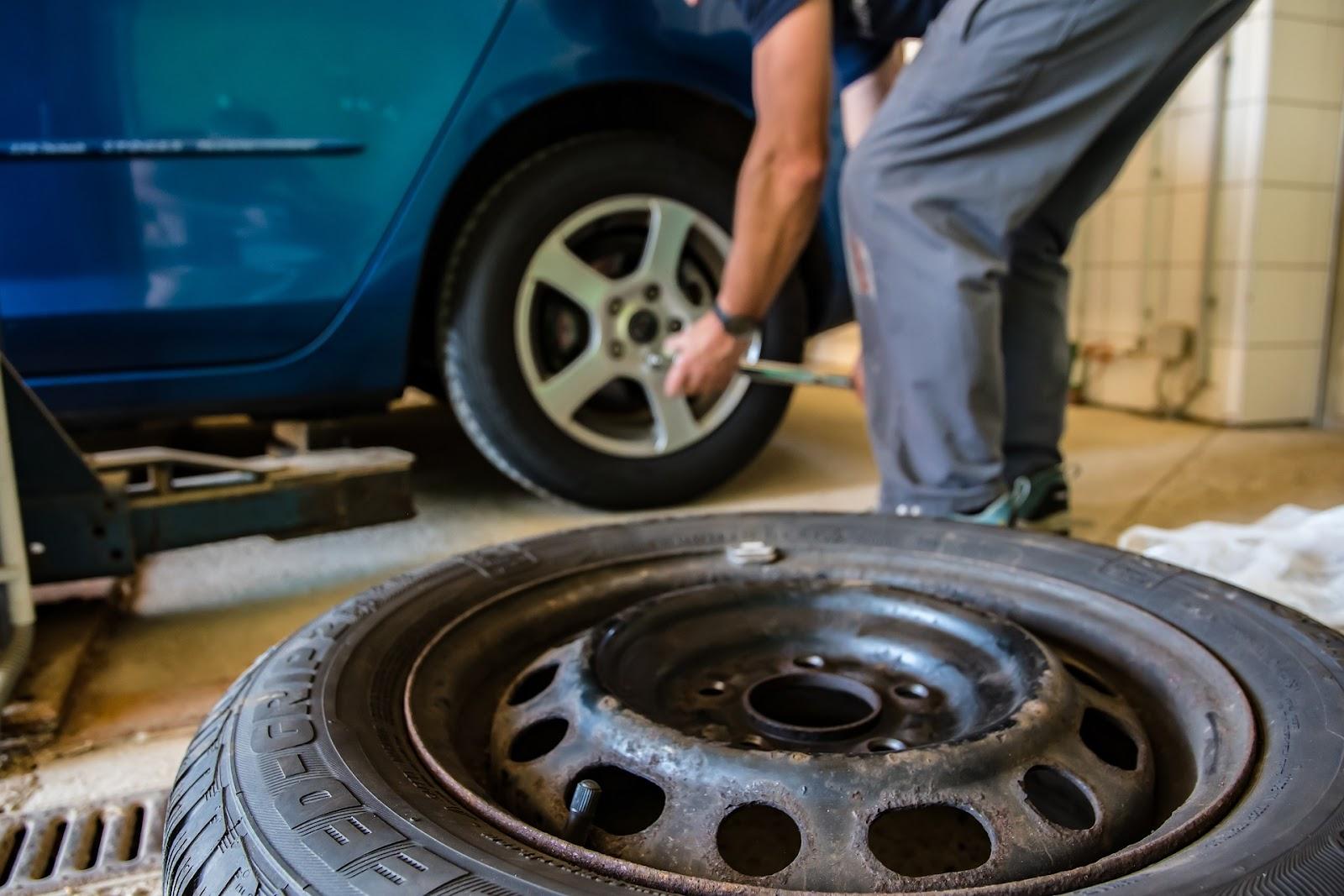 winter-tires-2861853_1920.jpg
