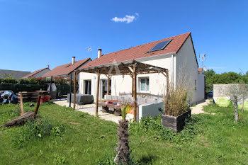 maison à La Chaussée-Saint-Victor (41)
