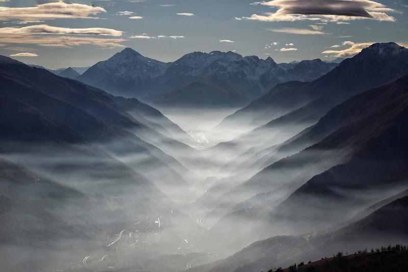 Un fiume di nebbia e i suoi affluenti di Zafs_77